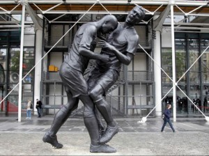 The art of  Head-butting: Sculpted tribute to Zidane